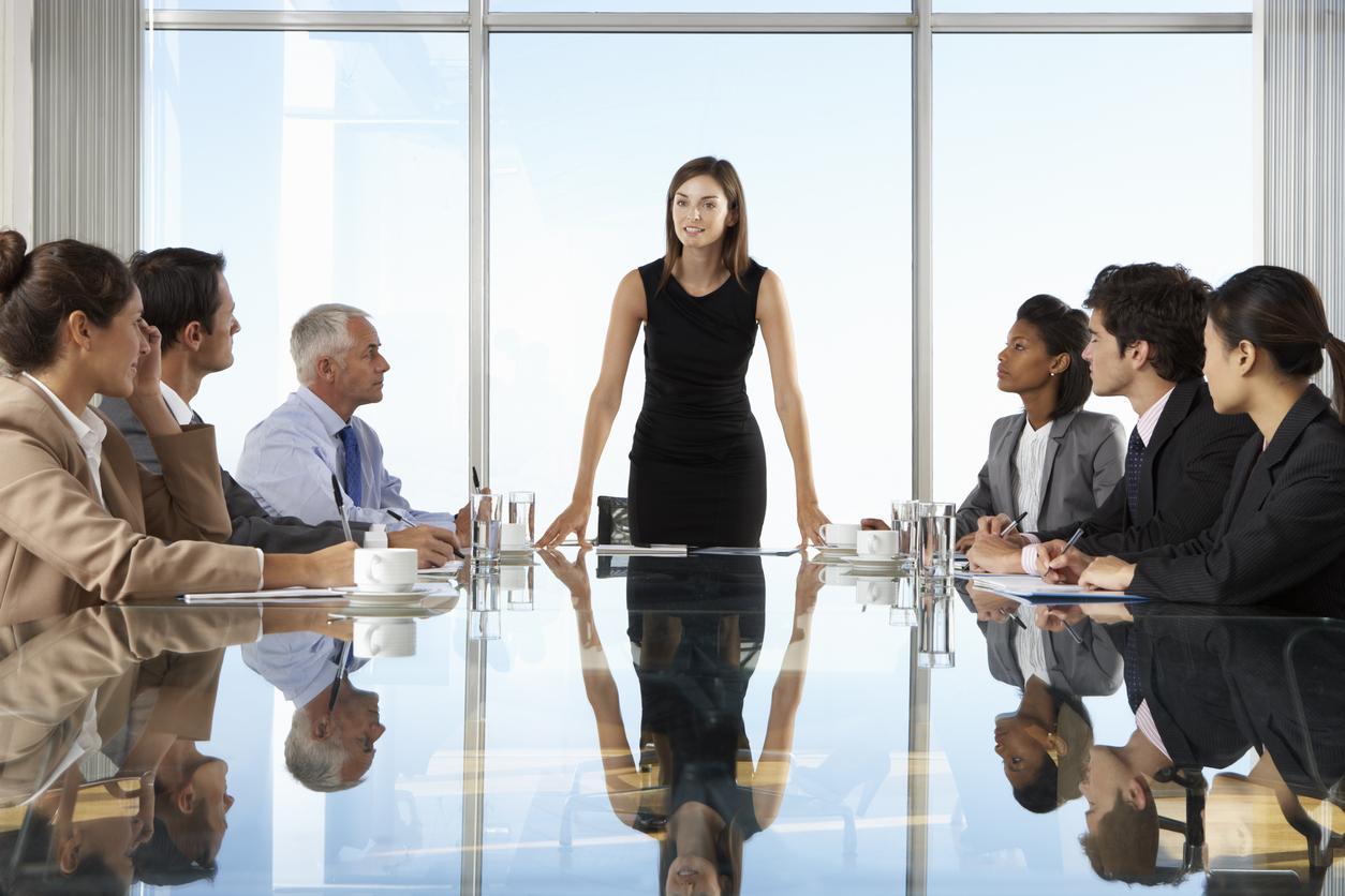 Top-menecmentdə çalışan qadınlar üçün kvotalar